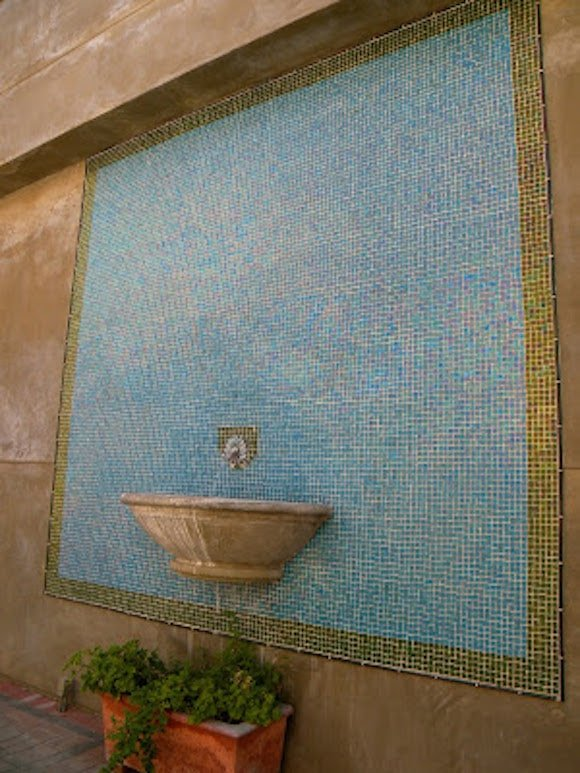 Mosaic wall as seen on Carrie on Living | www.cleaneatingkitchen.com
