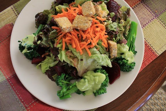 Basic Avocado Dressing from Carrie on Vegan | www.carrieonvegan.com