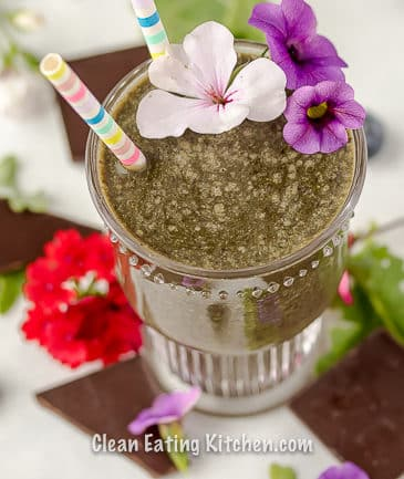 vegan chocolate blueberry smoothie with flowers