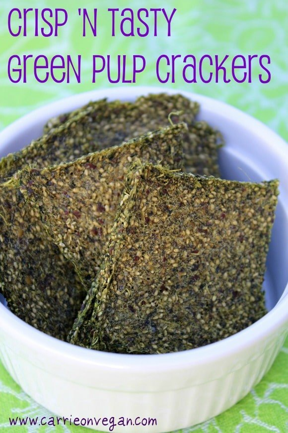 Crisp and tasty green juice pulp crackers that are vegan and gluten-free. | Dehydrator recipes, raw food recipes, vegan crackers, green juice pulp