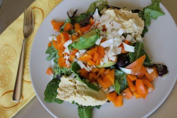 4-Ingredient Hummus from Carrie on Vegan | www.carrieonvegan.com
