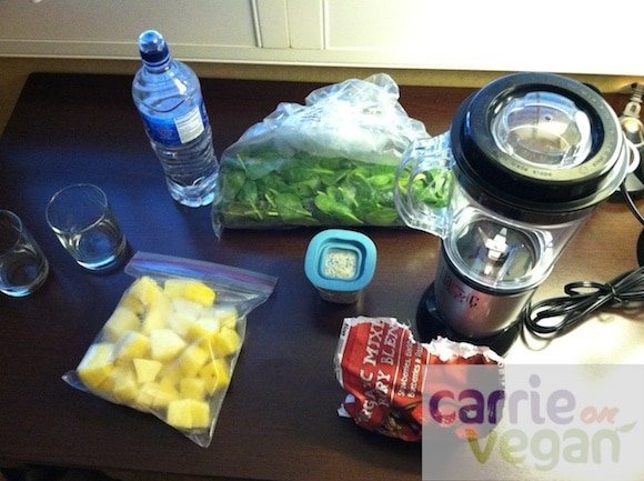Ingredients for a hotel room green smoothie.