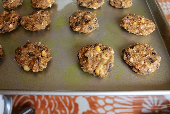 """Chickpea cookie """"burgers"""""""