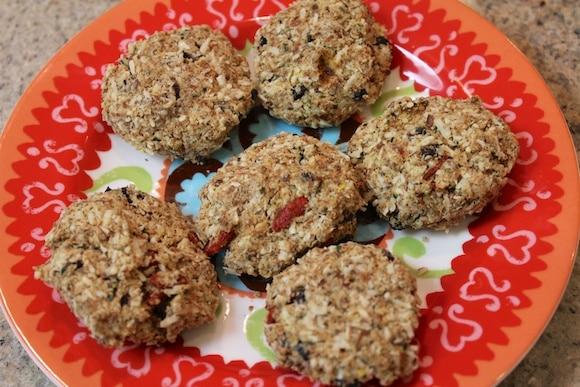 Almond Pulp Goji Cookies