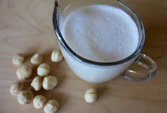 Homemade Macadamia Nut Milk recipe from Carrie on Living | www.cleaneatingkitchen.com