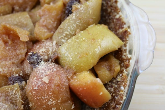 Modern Apple Pie from Carrie on Living | www.cleaneatingkitchen.com #dairyfree