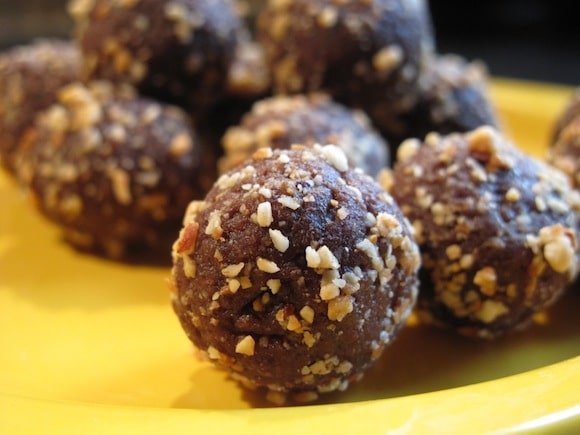 Date and Peanut Butter Truffles from The Fussiest Eater
