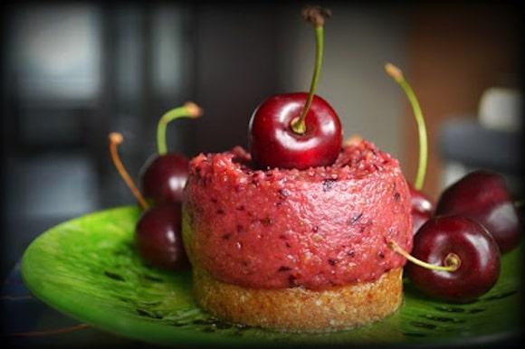 Cherry Bomb Pie from Ves & Mork