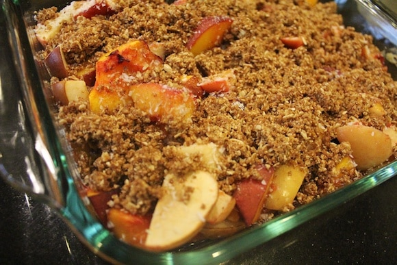 Healthy Vegan Peach Cobbler from Carrie on Living | www.cleaneatingkitchen.com
