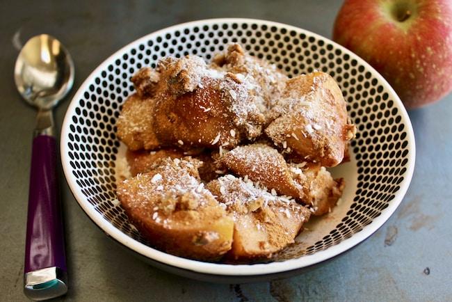 Vegan Apple Cinnamon Bake