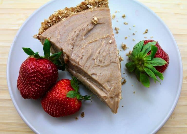Vegan Peanut Butter Strawberry Pie