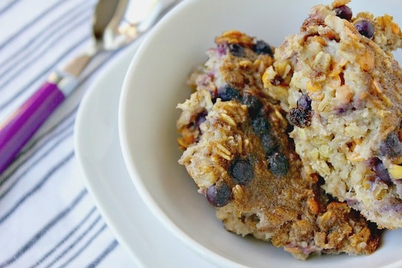 Baked Blueberry Oatmeal with Lentils from Carrie on Living | www.cleaneatingkitchen.com