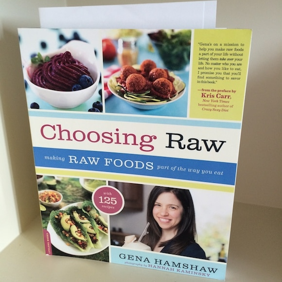 Choosing Raw book review from Carrie on Living | www.cleaneatingkitchen.com