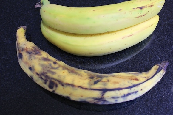 Banana vs. plantain from Carrie on Living | www.cleaneatingkitchen.com