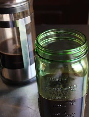 How to Make Cold-Press Coffee from Carrie on Living | www.cleaneatingkitchen.com