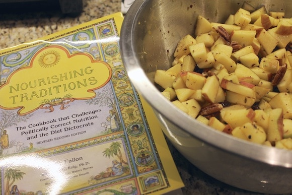 Chunky Apple Chutney from Carrie on Living | www.cleaneatingkitchen.com