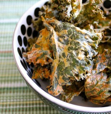 Sour Cream & Onion Kale Chips