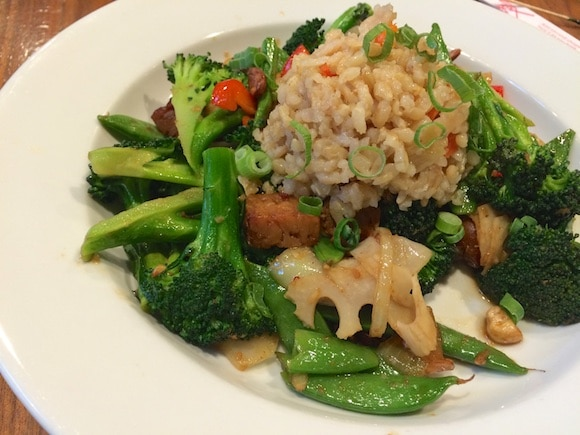 Gluten-Free and Plant-Based Food in Pasadena from Carrie on Living | www.cleaneatingkitchen.com
