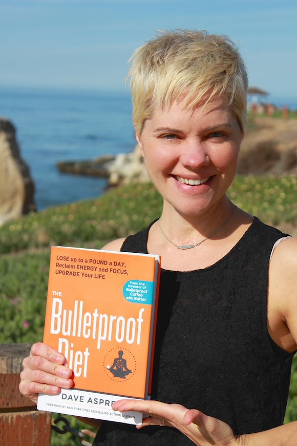 Bulletproof Diet Book Review from Carrie on Living | www.cleaneatingkitchen.com