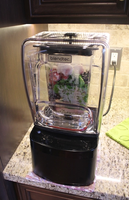 Blendtec Review from Carrie on Living | www.cleaneatingkitchen.com