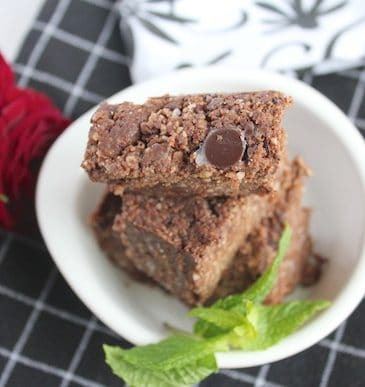 Raw Chocolate Chip Brownies (Grain-free, Paleo, Vegan)