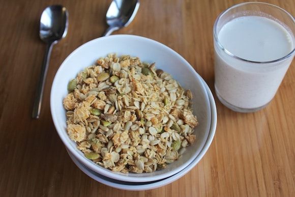 Toasted Coconut & Oatmeal Granola (Gluten-free) from Carrie on Living | www.cleaneatingkitchen.com