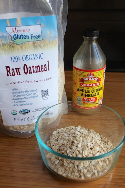 Making gluten-free oatmeal more digestible by soaking it first