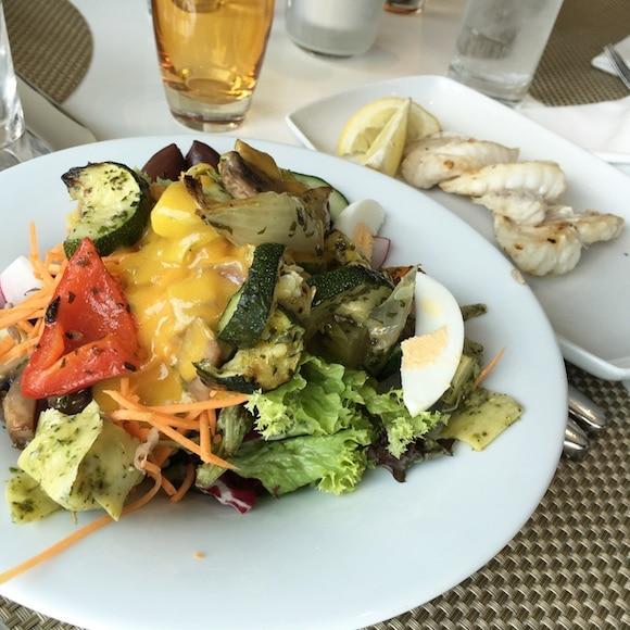 uniworld-salad-and-fish-dinner