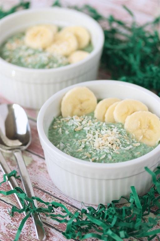 Vanilla Bean and Green Chia Pudding