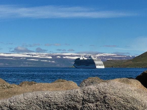 cruise ship iceland