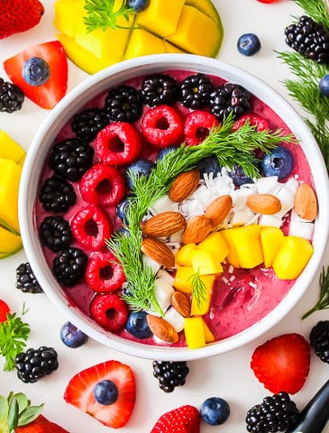 fruit smoothie bowl