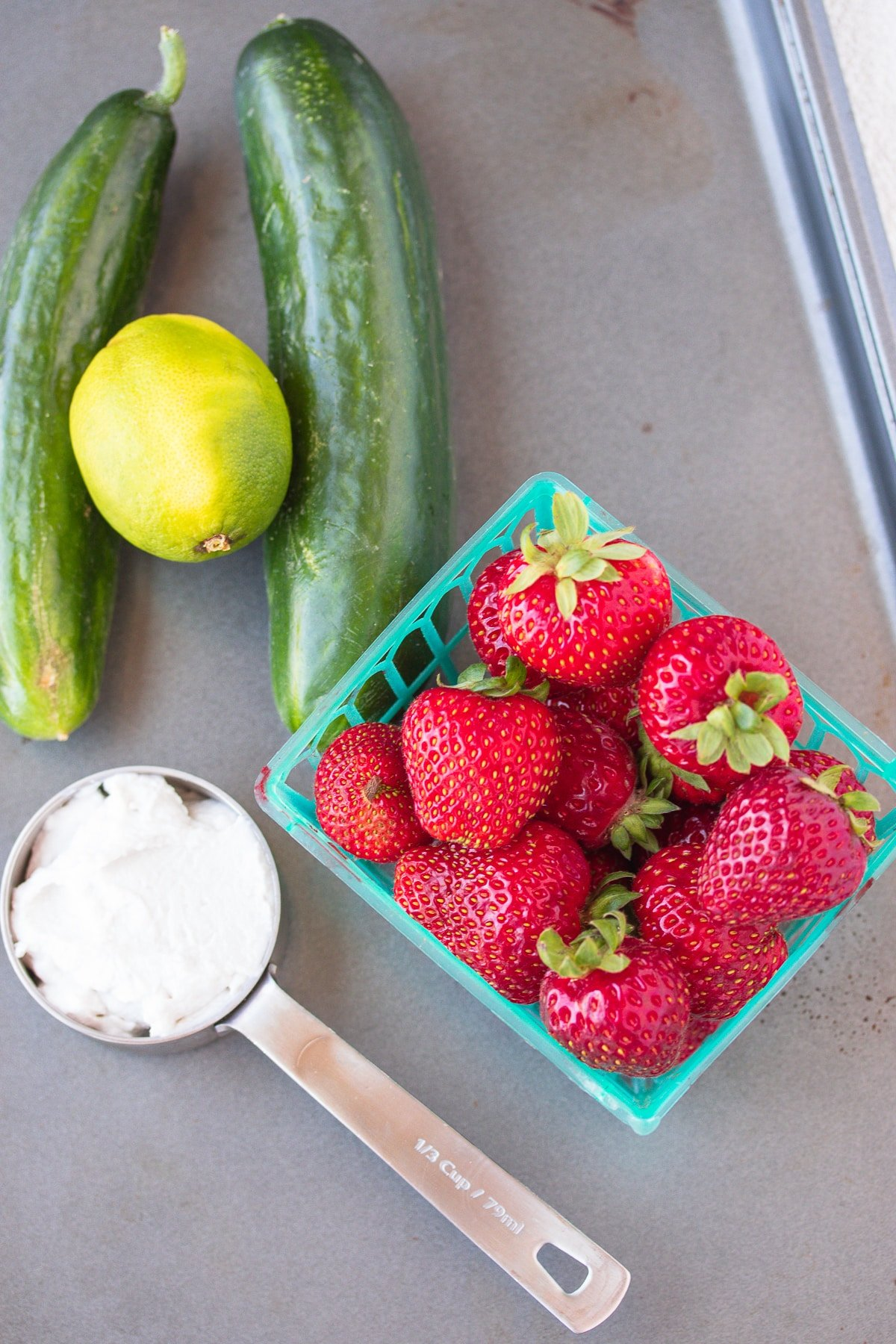 ingredients for strawberry soup recipe