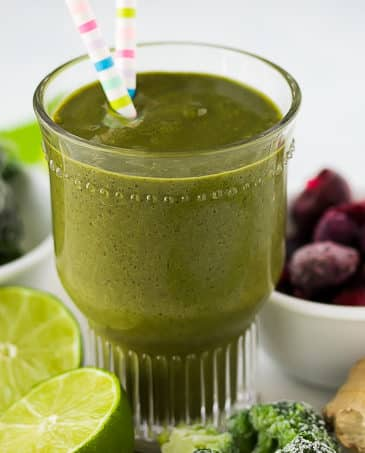 anti cancer breakfast smoothie with limes and ginger