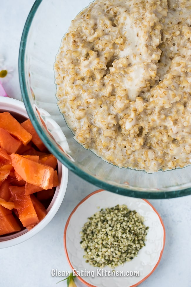 instant pot tropical steel cut oats with papaya and hemp seeds