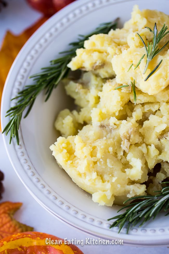 instant pot mashed potatoes with fresh rosemary
