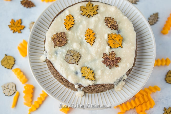 instant pot spice cake with festive holiday leaves