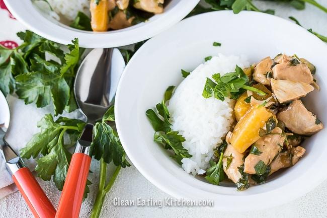 instant pot teriyaki chicken in white bowl