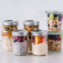 breakfast granola and chia pudding in mason jars