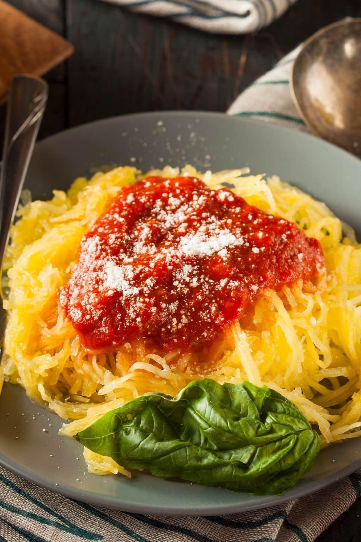 cooked spaghetti squash with marinara