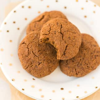 plate of vegan molasses cookies ready to be eaten
