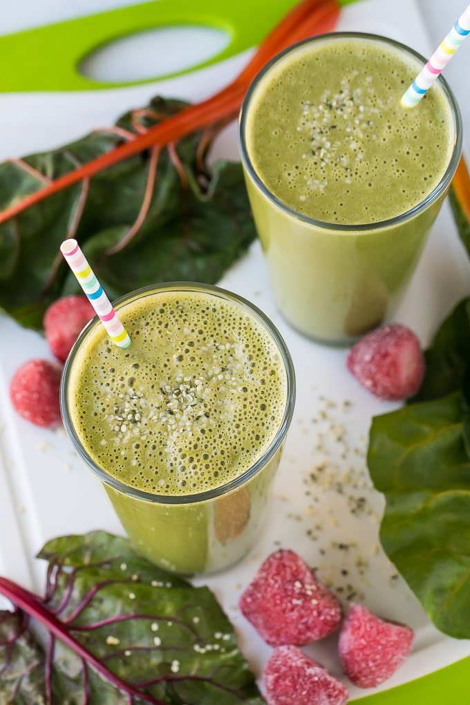 smoothie in two glasses with chard and hemp seeds
