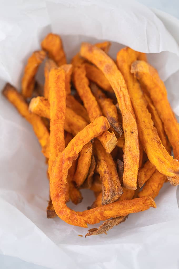 air fryer sweet potato fries on a plate