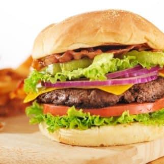 air fryer hamburger on bun with lettuce