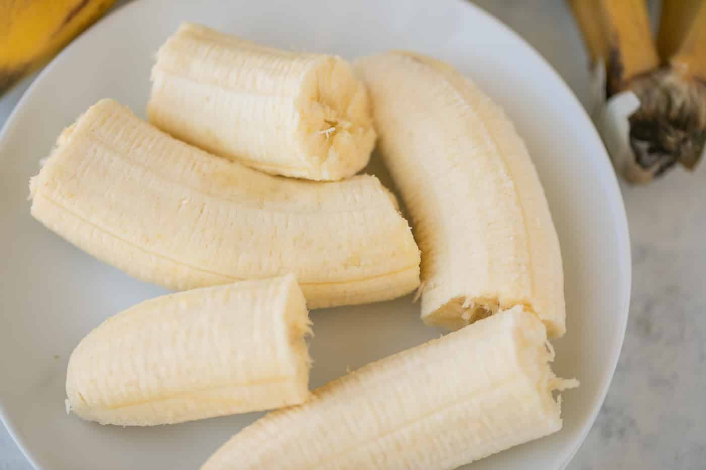 bananas chunks on a plate