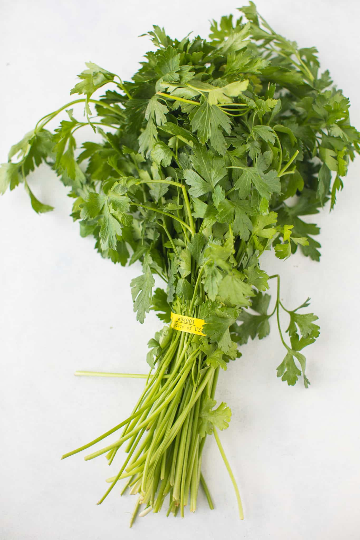 bunch of flat-leaf parsley