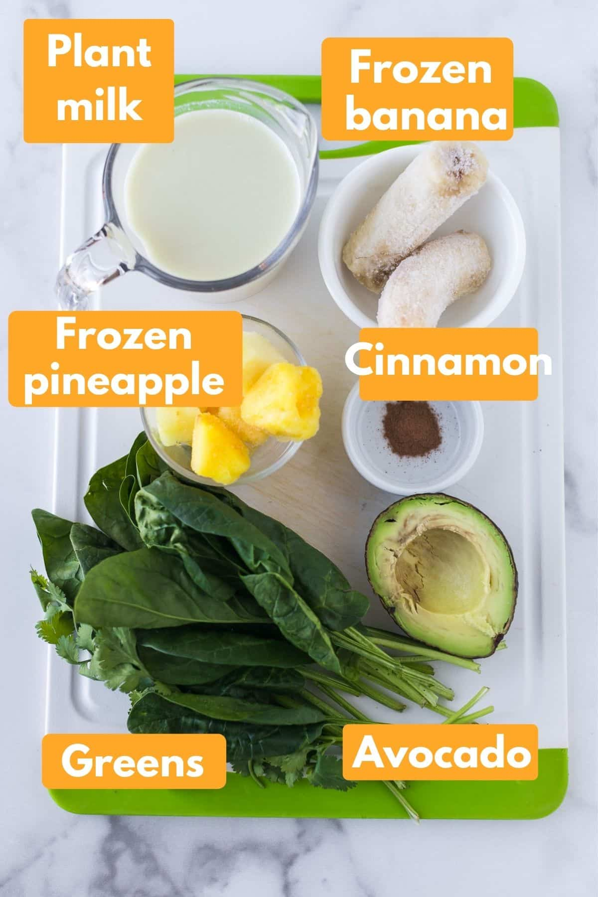 Labeled photo with ingredients for creamy green detox smoothie