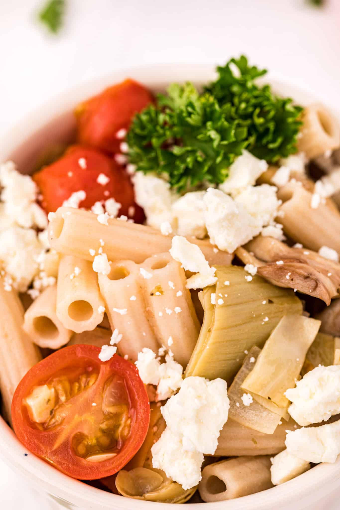 Pasta with feta and tomatoes