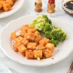 crispy tofu with broccoli