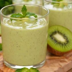 green kiwi smoothie in a glass