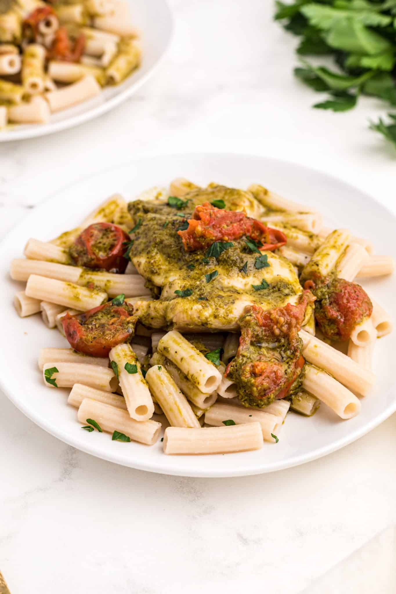 pesto chicken with pasta and tomatoes